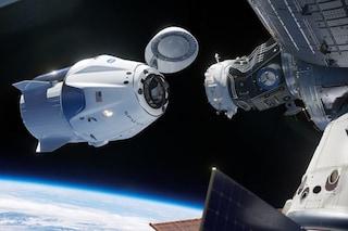 """SpaceX, tutto pronto per il lancio della navicella """"erede spirituale"""" dello Space Shuttle"""