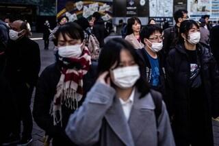 Perché i giapponesi vanno in giro con la mascherina bianca (e lo smog non c'entra)