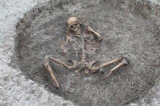 Vittime di macabri sacrifici umani emergono durante uno scavo: risalgono all'Età del Ferro