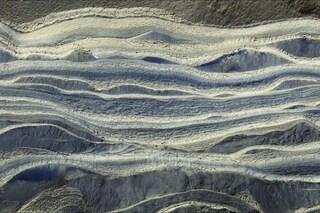 Marte, trovate enormi quantità di ghiaccio sotto la sabbia: così il Pianeta ha protetto l'acqua