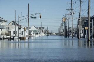 Innalzamento livello del mare, 2 metri in più entro il 2100 e milioni di persone 'sfrattate'