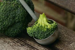 Cancro, i broccoli contrastano i tumori: scoperta la molecola contro la malattia