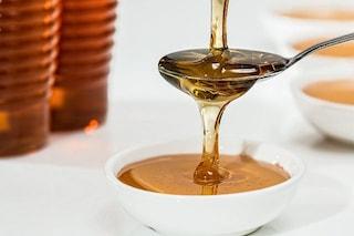 Cancro al colon, miele di corbezzolo possibile arma contro le cellule malate: così le uccide