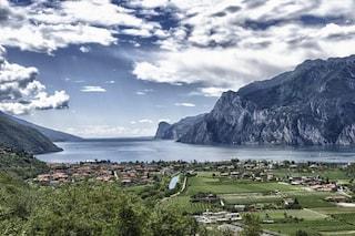 L'acqua del Lago di Garda si sposta a causa della rotazione della Terra: come e conseguenze