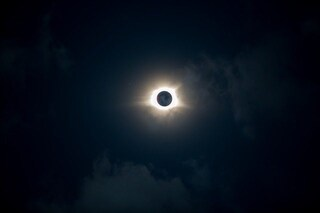 Eclissi solare totale 2019, quando la Luna oscurerà la nostra stella e come goderci lo spettacolo