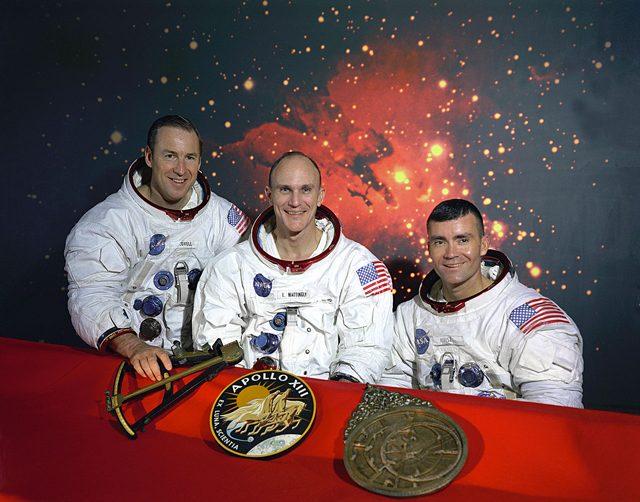 L'equipaggio originale dell'Apollo 13, Mattingly, al centro, fu sostituito da Swigert prima della partenza. Credit: NASA