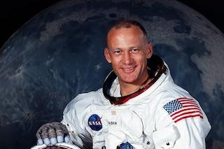 Chi è Buzz Aldrin, il secondo astronauta dell'Apollo 11 sbarcato sulla Luna 50 anni fa
