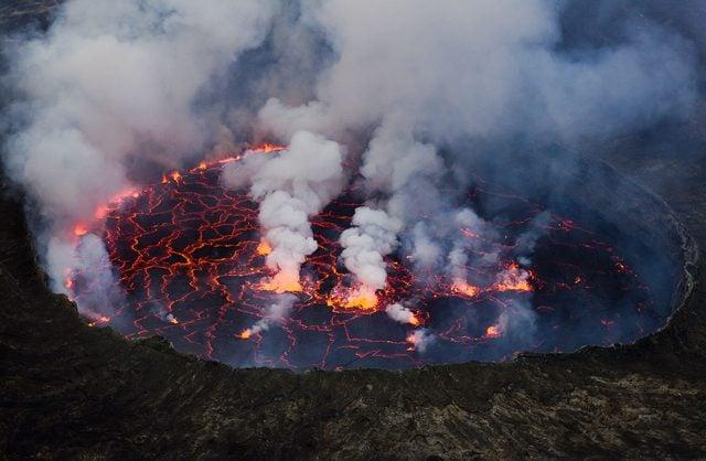 Lago di lava del Vulcano Nyiragongo, Congo. Credit: Cai Tjeenk Willink