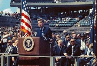 'Abbiamo deciso di andare sulla Luna': il discorso di Kennedy e l'ansia per l'Unione Sovietica
