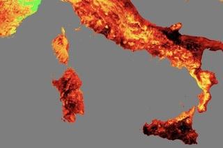 Super ondata di calore, Italia 'rovente' con picchi di 50 gradi: la mappa ci mostra il caldo torrido