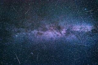 Spettacolare pioggia di stelle cadenti in Italia: tutto pronto per la notte di San Lorenzo