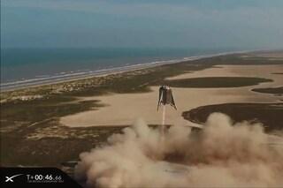 Elon Musk ci avvicina a Marte: un successo il test del razzo sperimentale 'Starhopper'