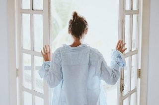 Svegliarsi all'alba e andare a dormire prestissimo è scritto nei geni e più comune del previsto