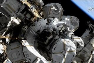 Prima passeggiata spaziale 'al femminile': le astronaute sono al lavoro, ecco cosa sta succedendo