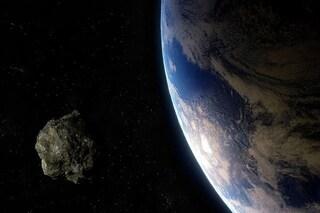 L'enorme asteroide 1998 HL1 sta per sfiorare la Terra: come vederlo da casa