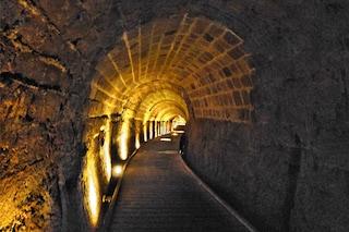 Tunnel segreti dei templari scoperti sotto la città israeliana di Acri. Forse c'è il loro tesoro