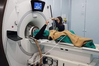 Parkinson, addio ai tremori grazie a una macchina rivoluzionaria: come funziona la MrgFUS