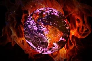 """Siamo in piena emergenza climatica, rischiamo """"indicibili sofferenze"""". Allarme di 11mila scienziati"""