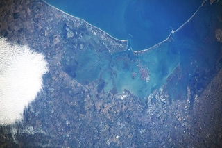 Luca Parmitano omaggia Venezia con una magnifica foto dallo spazio
