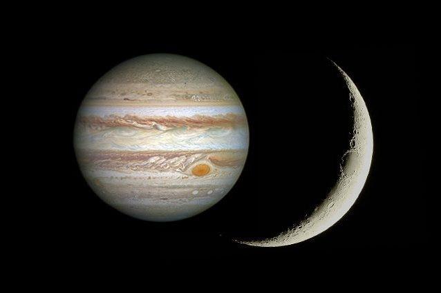 Giove e la falce di Luna. Credit: Giove/NASA – Luna/Andrea Centini