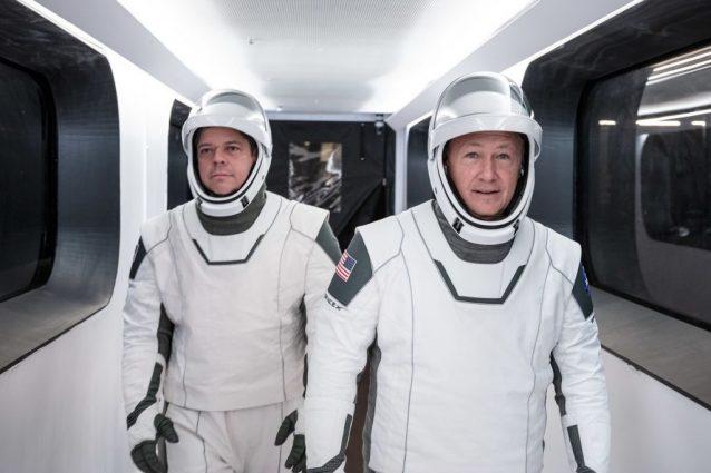 Bob Behnken e Doug Hurley, i due astronauti della NASA che viaggeranno a bordo della Crew Dragon. Credit: SpaceX