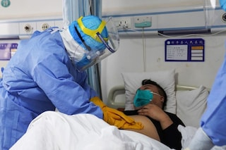 Coronavirus, chi rischia di più: lo studio sul tasso di mortalità per fasce d'età