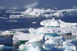 Artico, sotto il ghiaccio che si scioglie una bomba a orologeria fatta di bolle di metano