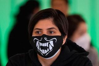 Perché le mascherine in stoffa fai da te sono meno efficaci di quelle chirurgiche
