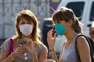 Come indossare le mascherine e usarle correttamente