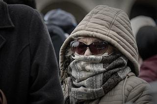 """Perché sciarpe e foulard non hanno senso come """"mascherine"""" contro il coronavirus"""