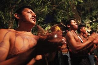 Amazzonia, primi positivi al coronavirus nelle comunità indigene: si rischia una strage