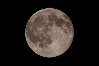 Eclissi di Luna penombrale nel weekend: come e dove vederla dall'Italia