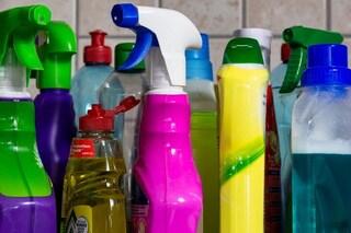 L'ossessione per la pulizia contro il coronavirus ci espone al rischio di avvelenamento domestico