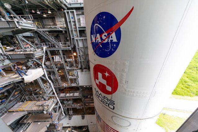 Il razzo Atlas V della Mars 2020 Mission pronto sulla piattaforma di lancio di Cape Canaveral, in Florida / NASA