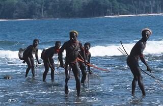Il coronavirus ha colpito anche una tribù indigena che vive nell'Oceano Indiano