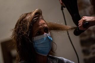 Il coronavirus può portare anche alla perdita dei capelli