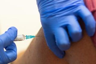 Vaccino Covid di Moderna, cosa vuol dire che è efficace al 94,5%