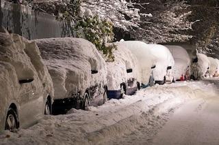 Perché la neve che sta cadendo in Italia non smentisce i cambiamenti climatici