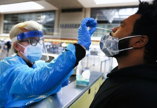 Cosa ci dicono le varianti Covid sulle mutazioni future del virus