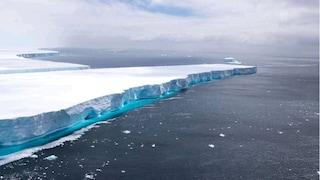 """Si è sciolto l'iceberg più grande del mondo: A68 non esiste più, era diventato una """"star"""" del web"""