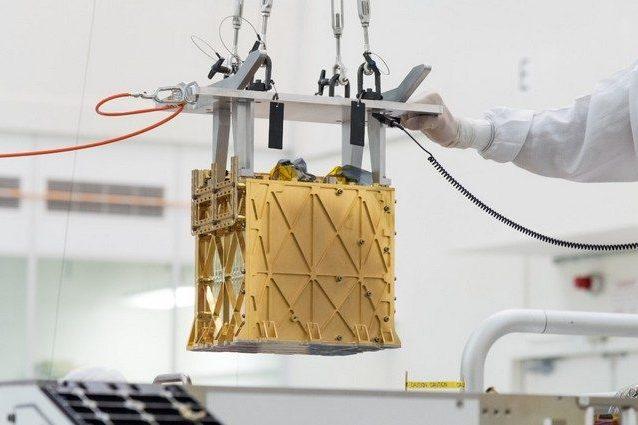 Lo strumento MOXIE installato sul rover Perseverance. Credit: NASA