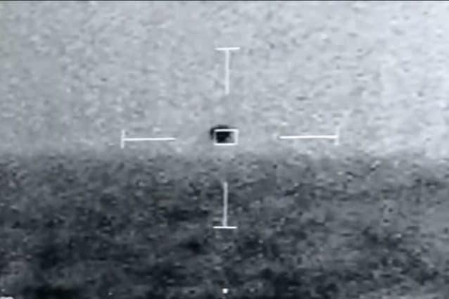 L'UFO in grado di immergersi. Credit: Jeremy Corbell/Youtube