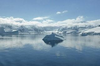 """Riconosciuto """"ufficialmente"""" il quinto oceano della Terra: il gelido Oceano Meridionale"""