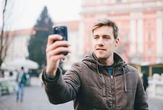 Facebook può chiederti un selfie per confermare la tua identità