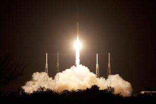 Via libera alla costellazione di satelliti di Elon Musk: porterà internet ovunque