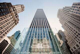 Apple da record, è la prima azienda americana a superare i 700 miliardi di capitalizzazione