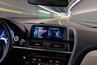 BMW, scoperta una falla nella sicurezza di 2,2 milioni di macchine