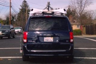 Apple sfida Google, l'azienda di Cupertino sta testando alcune macchine dotate di telecamere
