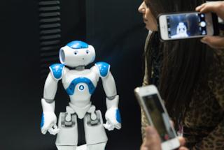Nao, in Giappone il consulente bancario è un robot