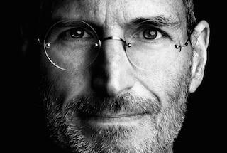 Apple, all'asta i biglietti da visita di Steve Jobs